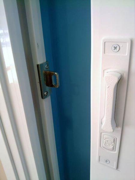 z 20111227 161011 10749 - Puertas y ventanas correderas de aluminio con rotura de puente térmico