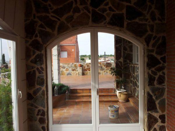 z medio 3 95817 - Puertas y ventanas europeas abatibles