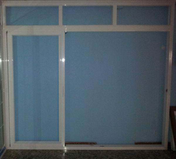 z puerta abierta 70808 - Puertas y ventanas correderas de aluminio Eurocor